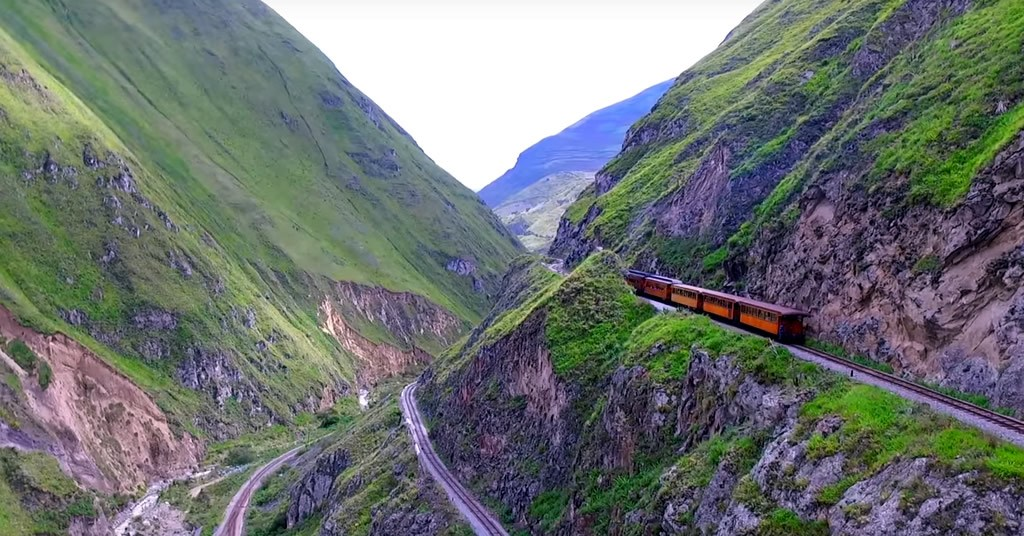 Viajar en tren a La Nariz del Diablo en Ecuador