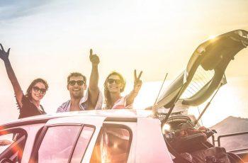 Cómo viajar en coche por poco dinero