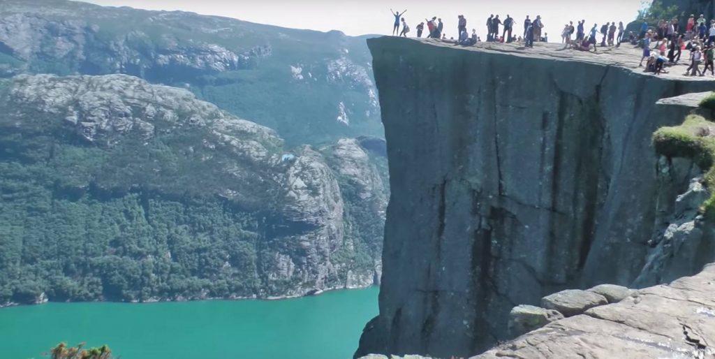 Visitar el Preikestolen en Noruega