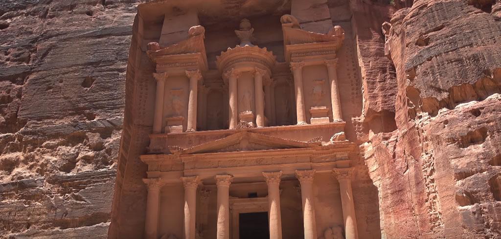 Visitar ciudad de Petra en Jordania